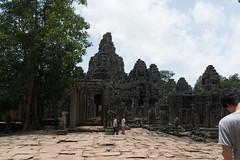 20130825-DSC_6062.jpg (toshworld) Tags: 35mm nikon cambodia f14 14 sigma angkorwat siem reap thom siemreap angkor wat 35 bayon d800 angkorthom 3514 アンコールワット カンボジア hsm アンコールトム sigma35mmf14hsm