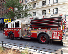 "E040e FDNY ""Cavemen"" Engine 40, Midtown Manhattan, New York City (jag9889) Tags: county city nyc ny newyork truck fire manhattan engine lateshow midtown company fdny department firefighters yorkville seagrave davidletterman bravest 2013 e040 jag9889"