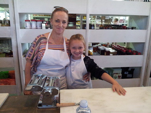 2013 - Jessica and Leonie cooking lessons