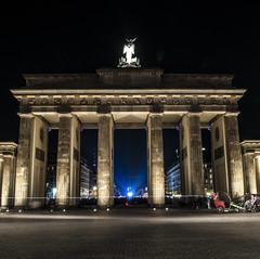 the other side (Jesterhead_Germany) Tags: berlin festival night lights nikon long exposure nacht sigma tor 1770 brandenburger belichtung d300 langzeit