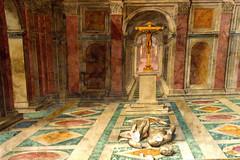 cross (BigZoic) Tags: rome roma church statue italia prayer monk musee cesar italie jule priere prete eglisse
