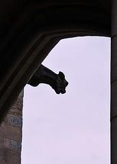 2 - Collégiale Notre-Dame de Beaune Gargouille (melina1965) Tags: sky sculpture church statue churches statues gargoyle ciel gargoyles bourgogne église sculptures gargouille beaune gargouilles églises côtedor