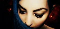 26/365 & 4/52. Suinfy. (Laineths) Tags: red sky selfportrait eye girl strange look azul female dark photography star rojo eyes chica lashes darkness femme autoretrato creative panoramic lips special panoramica demon labios 365 conceptual estrella creatividad alternative 52 cabello ragazza especial extraa fotografa duelo pestaas succubus demonio extrao alternativa submundo sentimientos percings duelos laineths 365del2014 365del14 52del2014 52del14