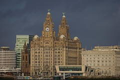 Livepool's trade mark. (foto.pro) Tags: city building liverpool river liver mersey