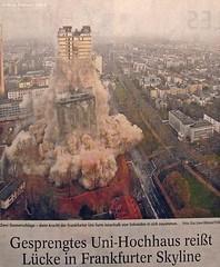 Frankfurt am Main -  Sprengung des AfE Turms 2014 (demolition of a university building)