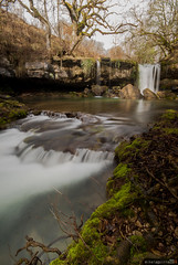 Fluidez (Perluti) Tags: longexposure winter musgo verde green rio river waterfall moss spain nikon flickr silk sigma nd invierno 1020mm polarizer seda euskalherria euskadi basquecountry cpl araba cascada ayuda paísvasco álava erreka ndfilter treviño negua urjauzia neutraldensity trebiño d3000 filtroneutro alavavision sáseta canonikos mikelaguirre largaexpoisición porlarizador
