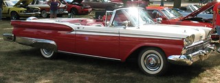 '59 Ford Skyliner (Retractable Hardtop)