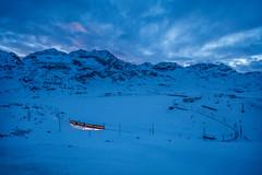 Berninapass, Oberengadin, Graubünden, Schweiz (graubuenden.bilder) Tags: abe44 abend abenddämmerung abendhimmel abendrot abendstimmung alpenalpinealps ausflugsortausflug bergbergemountainmountainsmontagnemontagnes bernina berninaliniestmoritztirano berninapass corndarlas crestadarlas crestadacaral eindunkeln eis eisenbahnrailwayrailwaystrainchemindefer engadinoberengadin erneuerbareenergie forculadalcambrena forculadalcaral gewässer gletschergletschereiseisewigeseisklimaerwärmungclima holidayferientourismevacance kantongrgraubündengraubuendengrisonbündnerland lagobianco landschaftlandscape lichtstimmungen muntpers naturnature nächtlichebeleuchtungbeleuchtungbeleuchtet oberengadinerberge panorama pizcambrena pizcaral pizdarlas piztrovat reisen rhätischebahninderlandschaftalbulaberninaunescowelterb rhätischebahnrhbbahn rot sassqueder schnee schweizsuisseswitzerlandsvizzra see staudamm stausee stimmung stromenergieenergy tourismustourism vadretdalcambrenacambrenagletscher valdalbügliet verkehr wasserkraft winter winterkleid winterlandschaft öffentlicherverkehröv