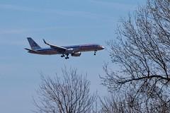 Descent (brev99) Tags: d610 tamron70300vc plane jet americanairlines branches bluesky landinggear