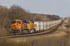 BNSF 5792 - Perham, MN (John Fladung) Tags: burlingtonnorthernsantafe bnsf bnsf5792 train railroad perhammn bnsfstaplessub staplessub gees44ac ge es44ac bnsf9863 emdsd70mac sd70mac emd