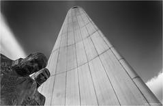 De Boeg. (Rens Timmermans) Tags: canon5dmk3 tamronsp2470mmf28 architectuur rotterdam blackwhite beelden nationalgeographic niksilverefexpro