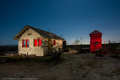 There's A Red House Over Yonder (dejavue.us) Tags: lightpainting longexposure nightphotography nikon desert d800 180350mmf3545 house abandoned fullmoon mojavedesert nikkor wellhouse california vle