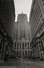 CBOT (johnlishamer.com) Tags: 2017 35mm cbot chicagoboardoftrade ilfordhp5plus400 lishamer michiganave millenniumpark nikkor24mmf28ais nikonfa slr theloop chicagoil cloudgate cloudy film johnlishamercom pushedto800 rodinal street wideangle