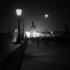 Karluv most v noci (ArztG.|Photo) Tags: karluvmost fullmoon dark moody prag yup arztg|photo metaphysics