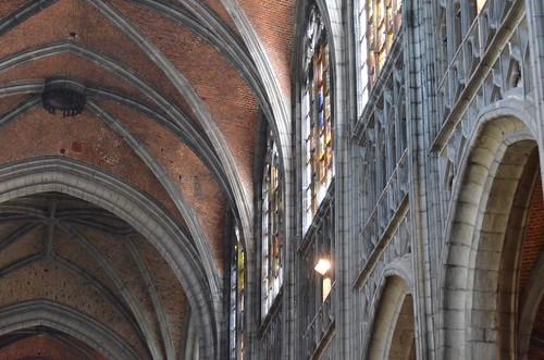 Mons (Hainaut), collégiale Ste-Waudru