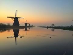 Morning blues... (fDacic) Tags: morning nature reflextion windmill mills goldenhour sunrise sun sunset netherlands holland kinderdijk