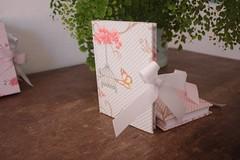 IMG_9728 (Large) (Mimos Art - Para mamães e noivas) Tags: lembrancinha nascimento aniversário chádebebê temajardim gaiolinha borboletas blocodeanotaçãolembrancinha