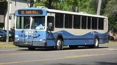 Gainesville RTS 2005 Gillig Phantom #566 (SKWROM) Tags: gilig phantom bus gainesville rts regiona transit system