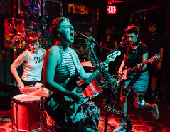 Piss Ghost @ New World Brewery in Ybor, Florida (4/19/2017) (Anthony Pipe) Tags: yellow canon7d music punk garage rock concert tampa florida ybor newworldbrewery