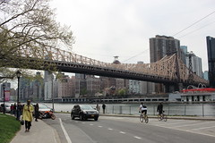 Roosevelt Island (shinya) Tags: rooseveltisland edkochqueensborobridge queensboro bridge