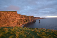 Cliffs of Moher at sunset (bobglennan) Tags: ireland nikond750 cliffsofmoher sunset gold majestic landscape cliff lighting timing 1835mm nikkor millioneuroview emotion