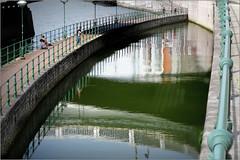 La Meuse et le Ravel sous le pont Kennedy, Liège, Belgium (claude lina) Tags: claudelina belgium belgique provincedeliège canon liège meuse fleuve pont ravel