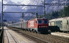 SBB/CFF/FFS Re4/4 IV 10102 Kandersteg (jc_snapper) Tags: train trein railway railroad bls sbbcffffs cff ffs re44iv bahn2000 kandersteg electriclocomotive electrictrain electricloco locomotive