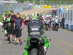 IMG_4636 (--Karla--) Tags: racing motorcycle kawasaki bsb zx10r doningtonpark superstock1000 idaqmotorsport