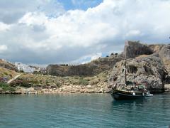 """Triton"" in St Paul's Bay, Lindos (pefkosmad) Tags: sea vacation holiday boat greece greekislands pefkos boattrip rhodes lindos glassbottomboat dodecanese pefki pefkoi rhodes2013"