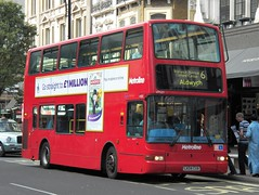 Metroline VP531 (LK04 CUA) Oxford Street 4/9/13 (jmupton2000) Tags: bus london buses for volvo president transport tfl metroline plaxton delgro lk04cua
