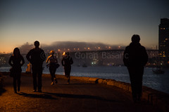 DSC_8413 (gorbas) Tags: fall fog marina dusk running pacificocean falsecreek runners vancouverbccanada nikond600