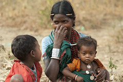 Mother with children (wietsej) Tags: mother with children maikal hlls chhattisgarh india baiga tribal rural village sony a100 sonnar13518za sal135f18z zeiss 135 18