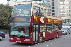 DA210 PF08 URP (ANDY'S UK TRANSPORT PAGE) Tags: buses london bigbustours sightseeingbuses hydeparkcorner
