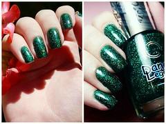 Poison - Dance Legend (Foto 02) (Fer Valquiria) Tags: dancelegend poison wowprism holographic holografico glitter green unhas esmaltes colecaodeeamaltes nails nailart nailpolish polish polishnails