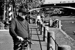 ((c)gphoto) Tags: basel switzerland schweiz rhein river water afternoon sunshine sunset people faces man woman children dogs bycicles naptime sunday weekend blackandwhite photos images photography silverefex canoneos6d