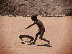 Namibia - Simple play (sharko333) Tags: travel voyage reise africa afrika afrique namibia people damara portrait child olympus em1