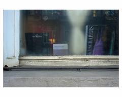 BruXelles (bruXella & bruXellius) Tags: window fenster fenêtre brüssel bruxelles brussels brussel belgien belgique belgium belgië leicax1