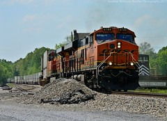 NS 264,Stevenson,AL (Andrew Williams Photography) Tags: bnsf railfan railfansofamerica railfans ge gevo generalelectric es44ac et44ah es44ah es44c4 es40dc alabama intermodal ironhorse swoosh train outdoor orange locomotive