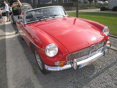 IMG_0193 (model44) Tags: hognoul ancêtres voiture oldtimer