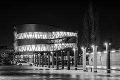 Feierabend (Rainer M. Ritz) Tags: fotos2014 nikon rainerritzfotografie wwwrainerritzde mercedesbenzmuseum lichtundschatten architektur mercedes nacht nachtaufnahmen