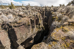 Crack in the Ground (BLMOregon) Tags: crack volcano volcanic newberry blm bureauoflandmanagement christmasvalley hiking oregon photography crevice lavabed fourcraterslavabed lakecounty fourcraters wsa wildernessstudyarea