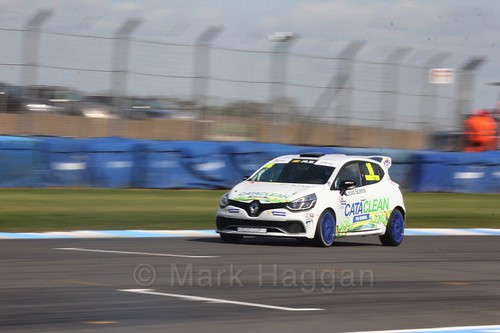 Daniel Rowbottom in Clio Cup qualifying during the BTCC Weekend at Donington Park 2017: Saturday, 15th April