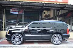 "Cadillac Escalade on 26"" chrome wheels (Edrian1011) Tags: cadillac escalade cadillacescalade chromewheels luxurysuv carspotting"