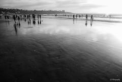 The wait between breaths (.KiLTRo.) Tags: sandiego california unitedstates kiltro lajolla shore coast beach water ocean sea sunset sun light fun people wideangle summer bw