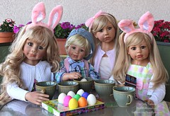 Happy Easter! (thedollydreamer) Tags: thedollydreamer masterpiecedolls amelia poldi desiree phoebe doll realistic limitededition monikalevenig easter eastereggcoloring vinyl