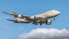N476MC  Boeing 747-400F  -  Etihad Airways (Peter Beljaards) Tags: n476mc etihadairways boeing747 cargo freighter landing ams eham aircraft airplane