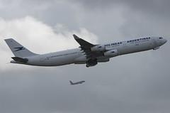 LV-CEK / Airbus A340-312 / 94 / Aerolineas Argentinas (A.J. Carroll (Thanks for 1 million views!)) Tags: lvcek airbus a340312 a340300 a340 a343 340 343 94 cfm565c3 awas aerolineasargentinas skyteam cristinaelisabetkirchner hqaf e0314b miami kmia mia