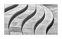 Stony Waves (richieb56) Tags: black white nero monotone stairs stufen stadt urban park wellen waves structure struktur schatten shadow england britain birmingham greatphotographers