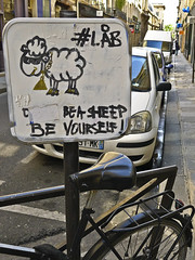 (Don't ?) be a sheep, be yourself (@necDOT) Tags: streetart paris sheep
