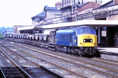 78 180 020678 Wakefield Kirkgate 45015 (The KDH archive) Tags: railway wakefield 1978 class45 45015